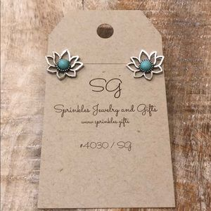 Jewelry - EARRINGS lotus flower silver turquoise tone NEW